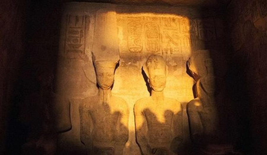 The solar alignment on King Ramses II's statue