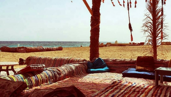 Private Tour: Sinai Jeep Safari, Abu Galum Snorkeling, Camel Ride and Bedouin Lunch